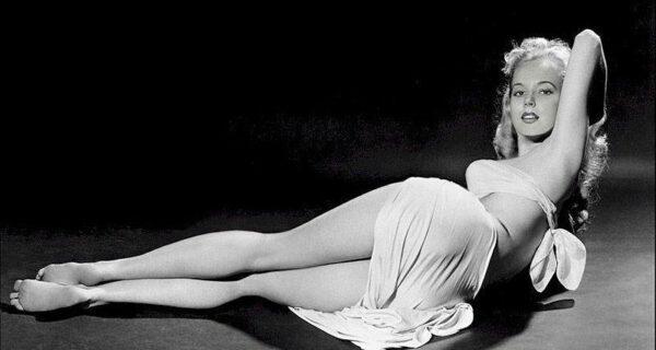 Бетти Бросмер — обладательница самой шикарной фигуры 50‑хгодов