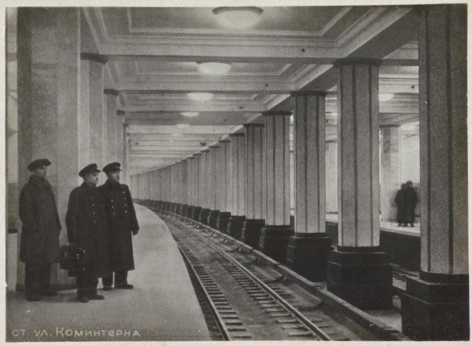 im c62 w954 kptkavc475223    - Как выглядели первые станции московского метро в год их открытия