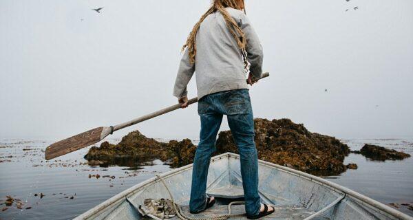 В глушь, на Аляску: как жить на острове среди медведей и китов и не сойти сума