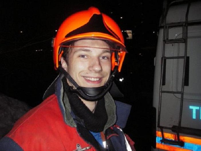 Пожарный Петр Станкевич пожертвовал жизнью, чтобы спасти шесть человек фото