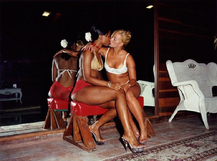 Проститутки живет подбор проституток петербург