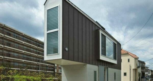 Этот дом в Японии только снаружи кажется миниатюрным иузким