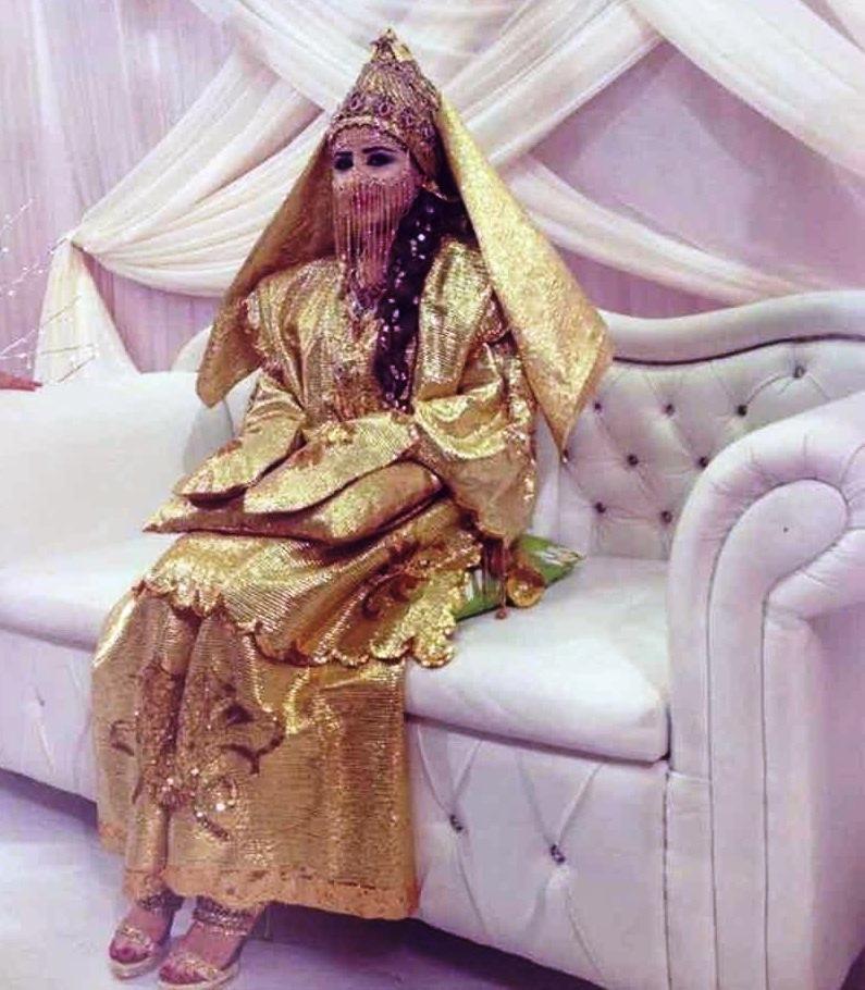 Фото в арабских странах о первобрачной ночи, в общаге девчонки трахаются