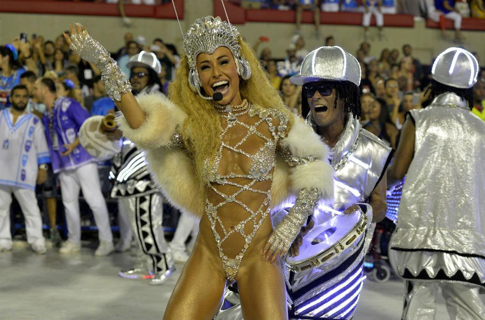 Карнавальные сексы бразильских девушек