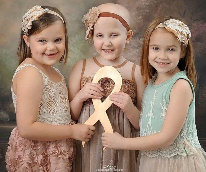 Девушка раком на студии — photo 12