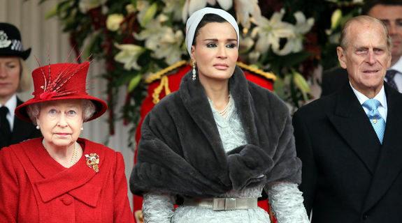 Восточная красавица, которая по факту управляет Катаром: шейхаМоза
