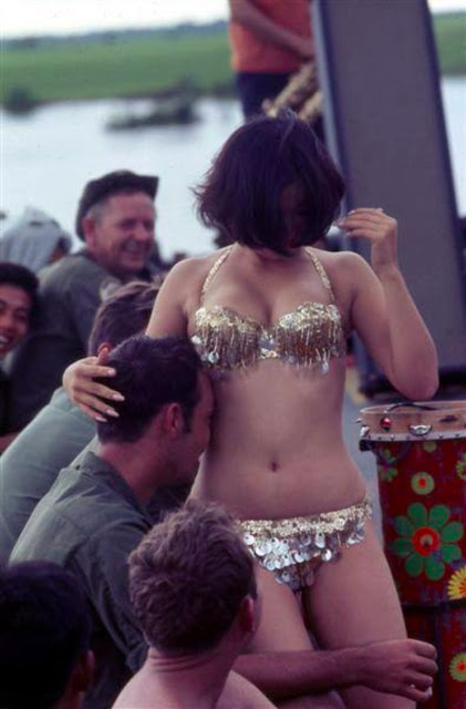 Prostitution during the Vietnam war in photos of 1960-1970-ies