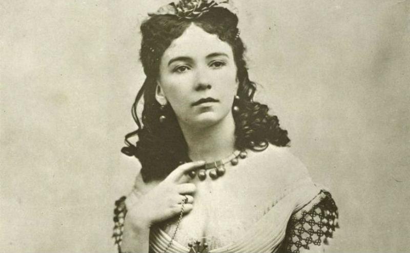 10 женщин легкого поведения, чьи имена прочно засели в истории фото