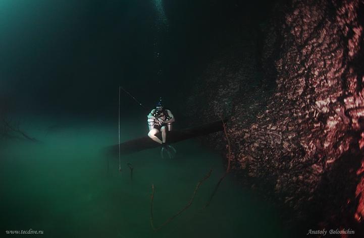 Мистическая подводная река протекает вдоль океанского дна в Мексике