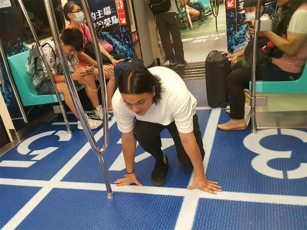 Թայբեյի մետրոյի գնացքների վագոնները նկարազարդել են մարզահրապարակների ոճով (ֆոտոշարք)