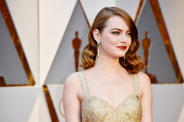 emma-stone-2017-oscars-red-carpet-billboard-1548