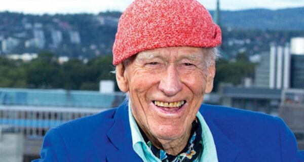 Этот скромный дедуля в шапочке — на самом деле норвежский миллиардер из списка Forbes