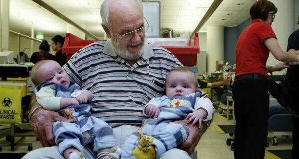 Человек с золотой кровью: как австралиец спас жизни двух миллионов младенцев
