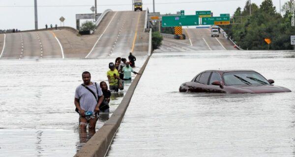 В США прошел ураган «Харви» — самый разрушительный за 12лет