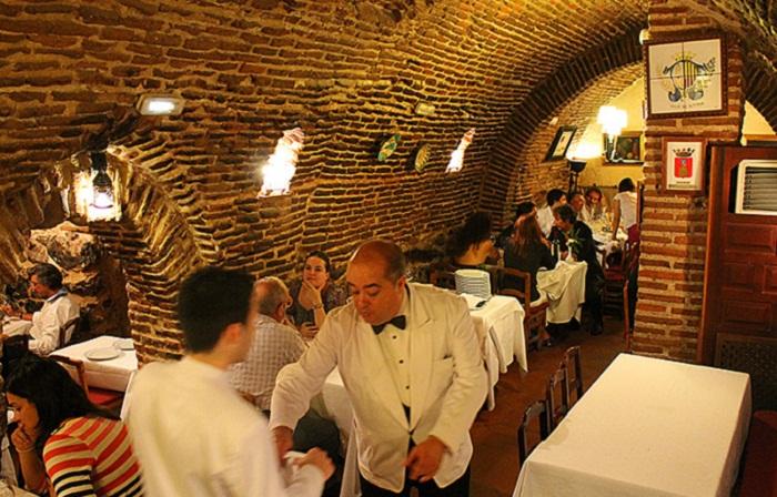 Сексуальные рестораны европы