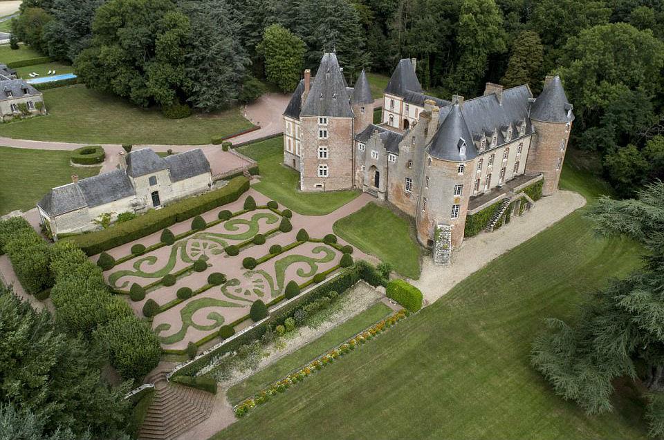 продажа замков в европе за 1 евро