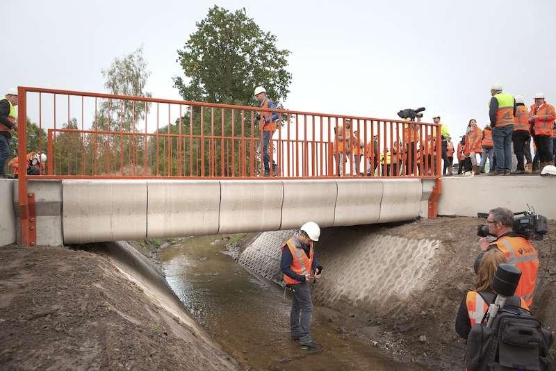 Нидерландская строительная компания купить известковый щебень в г.чехов московск.обл