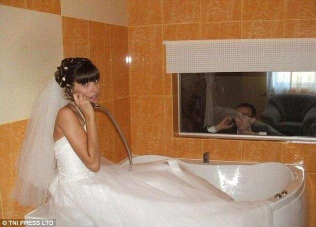 невеста в туалете