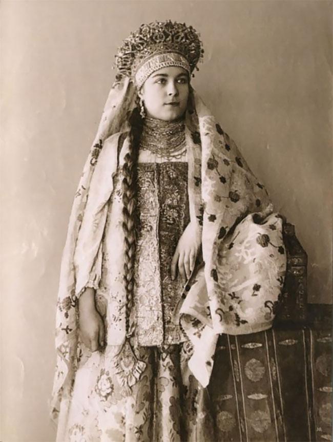 объединить товары фото русских женщин 19 века законопроекты, правовые события