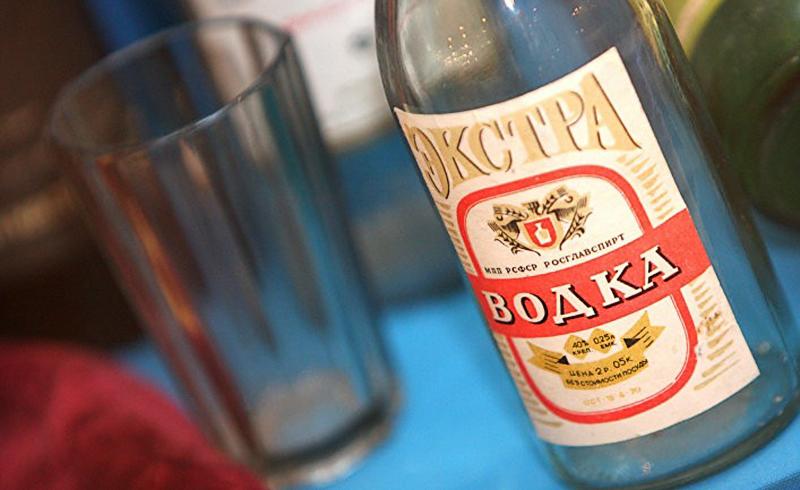15 гениальных идей использования спирта в быту фото