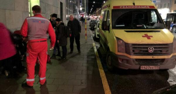 «Что здесь делает российская скорая помощь?»: русские реаниматологи спасли мужчину на улицах Стокгольма