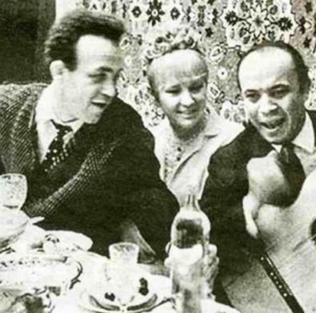 Так выглядели застолья советских знаменитостей. Фото