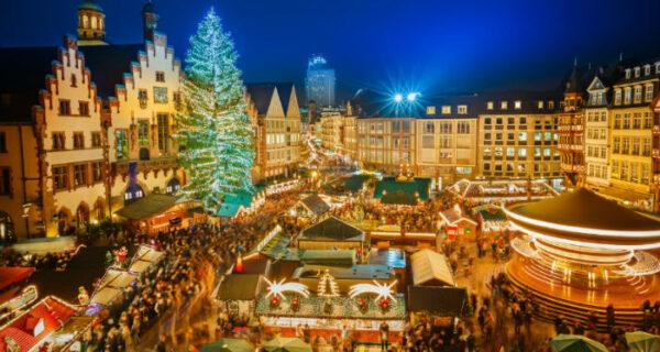 Рождество в Европе: самые красивые городские елки и праздничные ярмарки