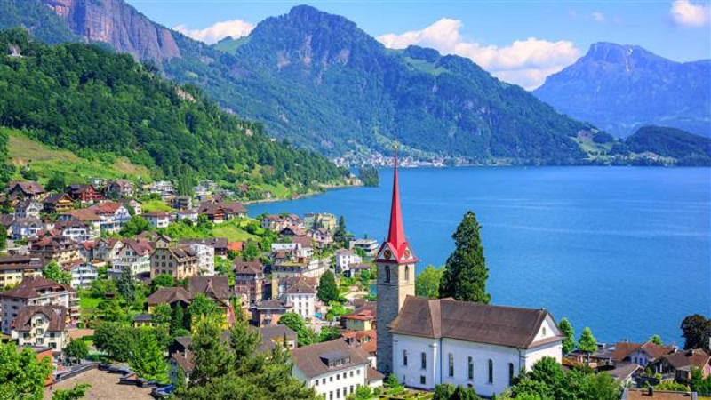 best-countries-lake-lucerne-switzerland-tease-today-170306_341aef579c7679d58f26034e5dcae31f.today-inline-large