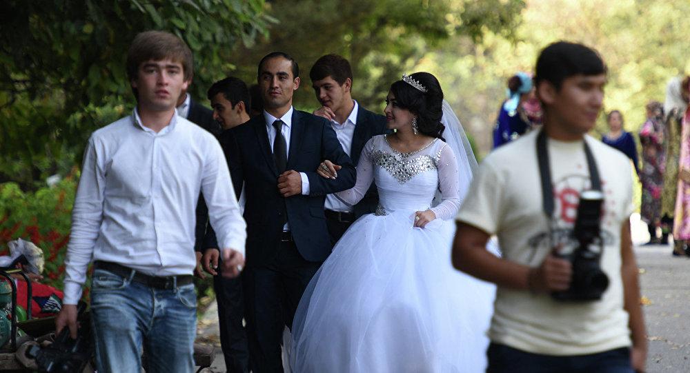 Знакомства с богатыми невестами знакомства в молодечно без регистрации