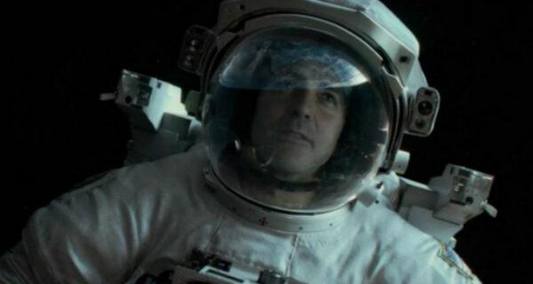 Как пить коньяк и устроить забастовку в космосе: страшные, смешные и загадочные истории астронавтов