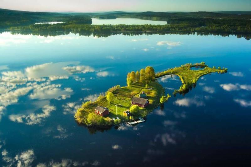 Красота четырех времен года на маленьком финском острове Долгий Камень