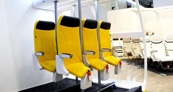 «Прыгай в седло и лети стоя»: в лоукостерах появятся стоячие места
