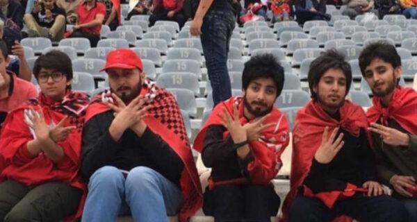 Пять иранских женщин пробрались на футбольный матч, переодевшись в мужчин