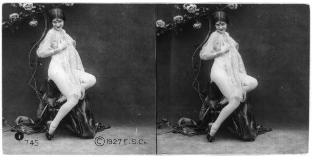 20s young women 21 - Задолго до VR-порно было вот это: стереокартинки секси-девушек 20-х годов