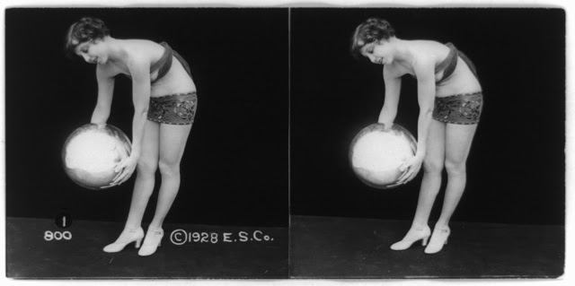 20s young women 35 - Задолго до VR-порно было вот это: стереокартинки секси-девушек 20-х годов