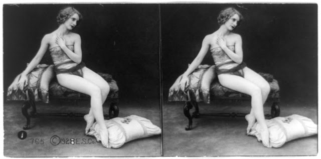 20s young women 38 - Задолго до VR-порно было вот это: стереокартинки секси-девушек 20-х годов