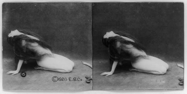 20s young women 7 - Задолго до VR-порно было вот это: стереокартинки секси-девушек 20-х годов