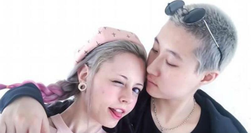 devushka-vstrechaetsya-s-lesbiyankoy-seks-s-violante-plachido