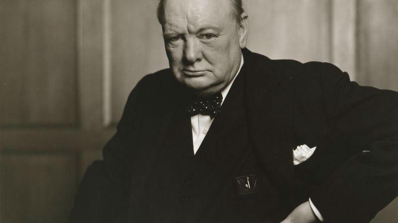 Отобрать сигару и быстро сфотографировать: секрет одного из самых известных снимков Черчилля