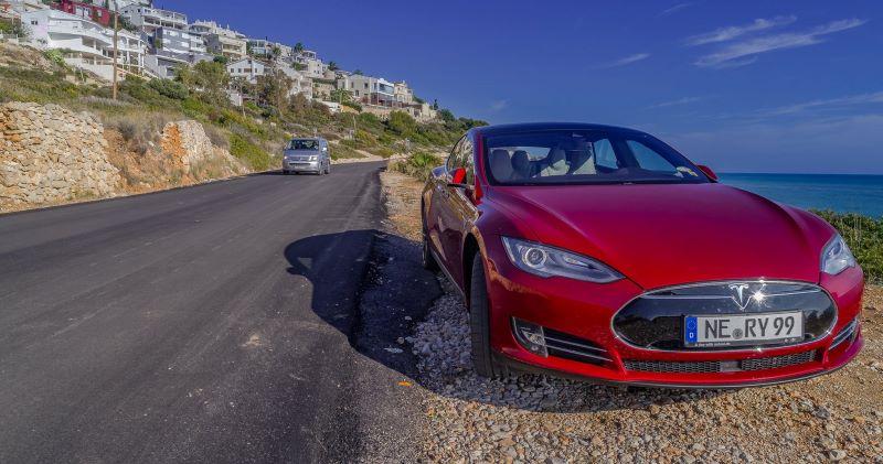 сколько стоить быстро заправить автомобиль тесла