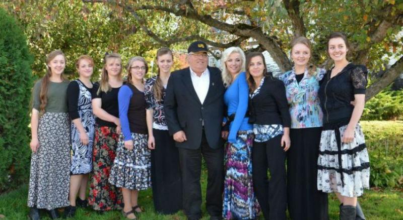 Канадский суд признал отца 149 детей и мужа 24 женщин виновным в многоженстве