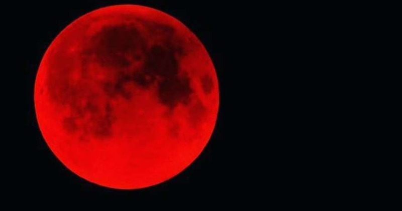 И на нашем континенте праздник: россияне увидят самое длинное кровавое лунное затмение за XXI век