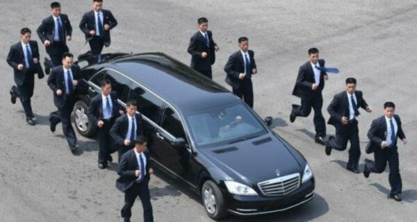 Люди в костюмах: кто такие бегущие телохранители Ким ЧенЫна