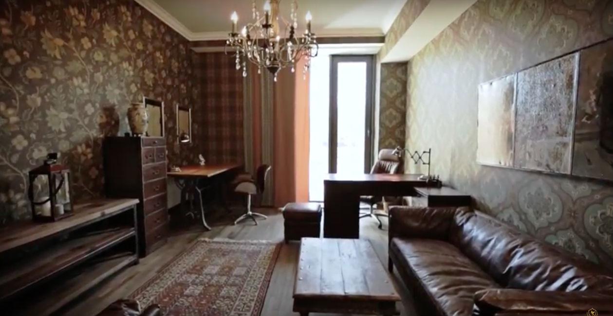 В Подмосковье выставлен на продажу дом с подземным бункером бункер, комната, интерьера, оснащен, конечно, выполнен, стиле, отдельная, спален, метров, квадратных, время, также, заказ, выполнены, Европе, Гонконге, Недалеко, Ванная, столько