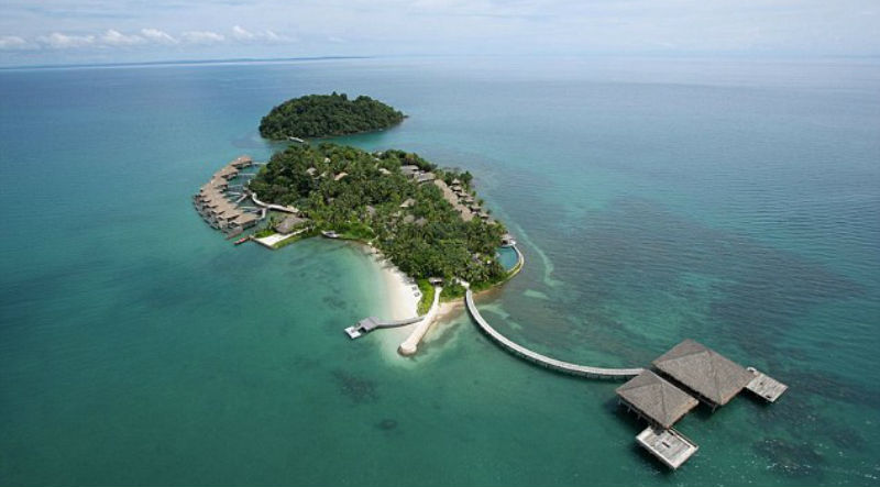 main8 - Американская мечта в Камбодже: как супруги из Австралии купили остров за 15 тысяч долларов и стали миллионерами