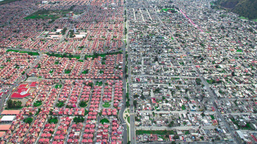 Богатые vs бедные: как это выглядит сверху фото