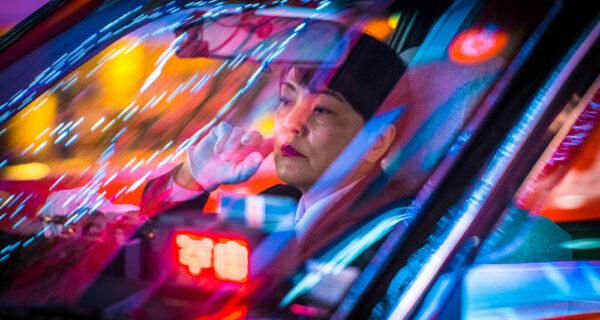 Мир идеальных ночных таксистов Токио