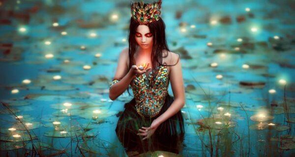Лесные принцессы и русалки: пермский фотограф снимает сказочных красавиц в лесах Прикамья