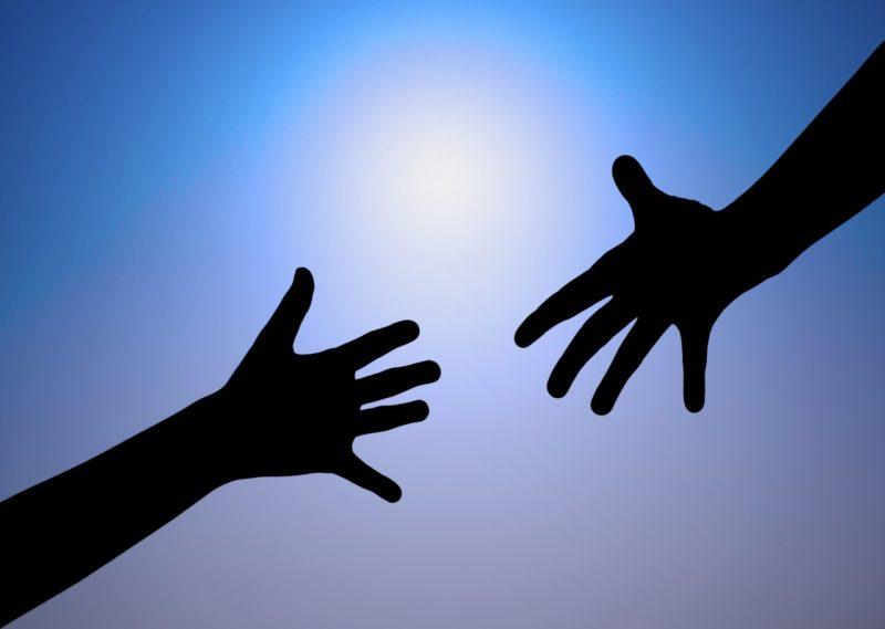 «Он держал палец на спусковом крючке»: откровения сотрудника службы психологической помощи