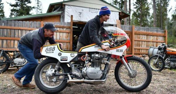 Американец собрал мотоцикл, который ездит на водке, и побил рекорд скорости